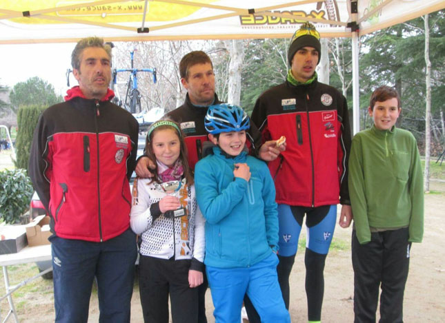 Equipo Escorial Natura foto al final