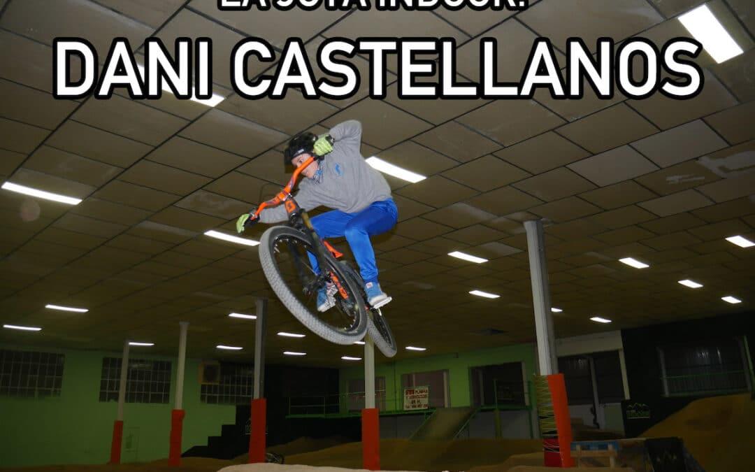 Dani Castellanos disfrutando en La Jota Indoor por Navidad
