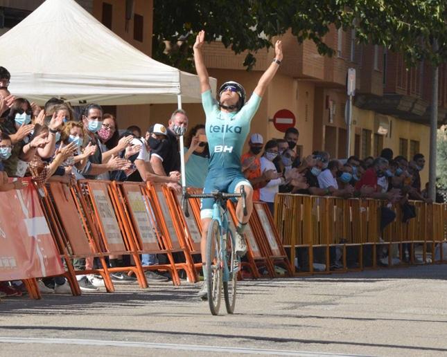 Lucía González y Felipe Orts comienzan mandando en la Copa de España de ciclocross