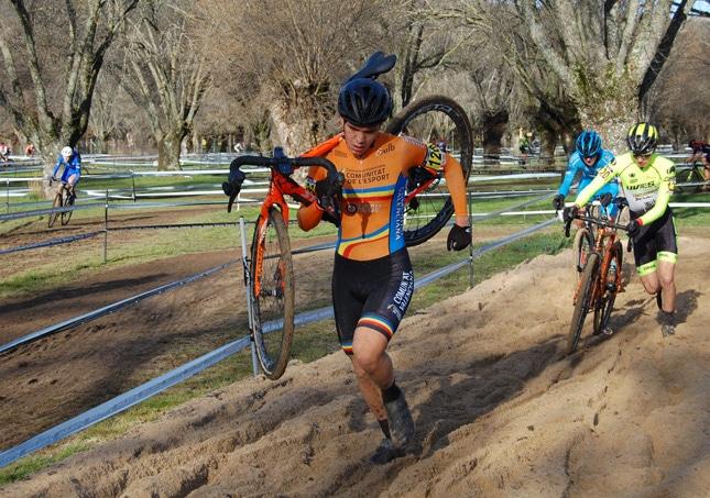 El ciclocross de la Comunidad Valenciana brilla sobre el barro en la Copa Comunidad de Madrid
