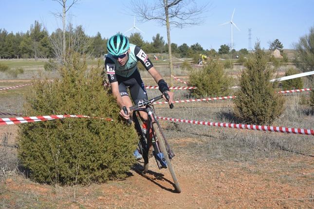 Perfecto colofón al 2020 para el ciclocross valenciano en El Bonillo y en Villa del Prado